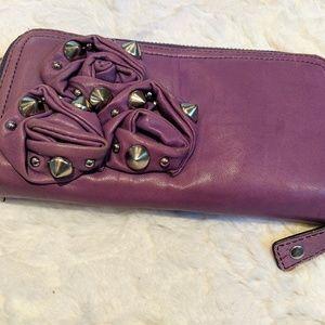 Betsey Johnson Ultra Soft Purple Leather w Roses